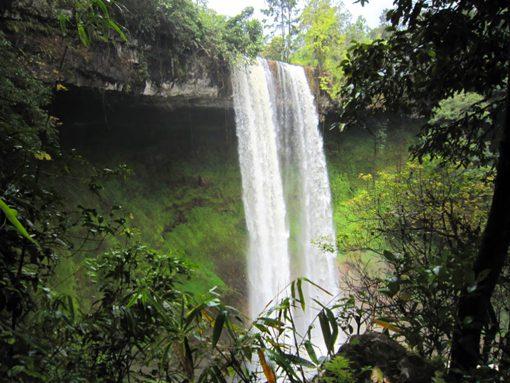 thác-Đắk-G'lun-du-lich-de-men